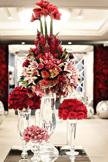 Red centerpieces weddings by the color